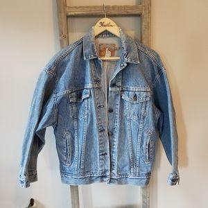 Vintage Levi's | Unisex Denim Trucker Jacket